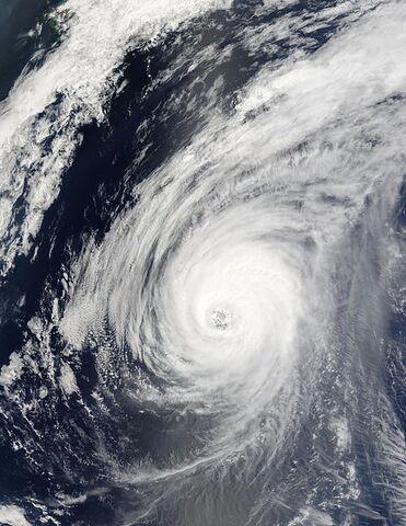 File:Typhoon Sudal 14 apr 2004 0155Z.jpg