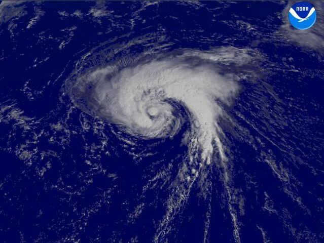 File:Tropical Storm Lisa (2004).jpg