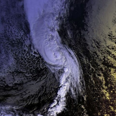 File:Hurricane Nicole 01 dec 1998 1007Z.jpg