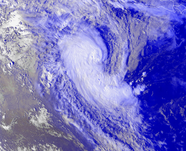 File:Cyclone Leon 2 Feb 2000 0932z.png