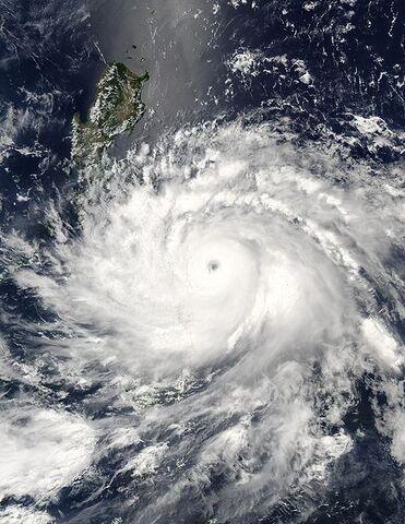 File:Typhoon Nida 16 may 2004 0500Z.jpg