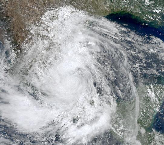 File:Tropical Storm Arlene jun 30 2011 1945Z.jpg