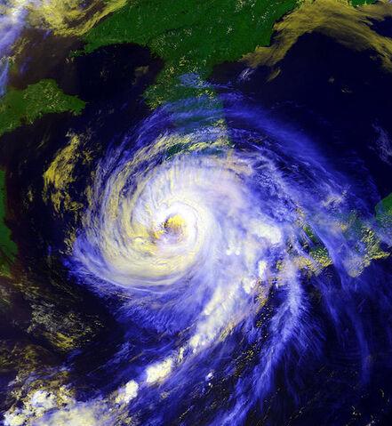 File:Typhoon Faye hitting Korea peninsula 19950723.jpg