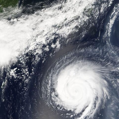 File:Typhoon Mawar 23 aug 2005 0150.jpg