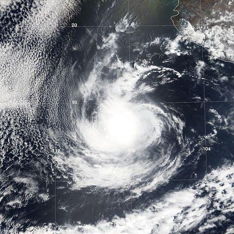 File:Hurricane Aletta 25 may 2000 1815Z.jpg