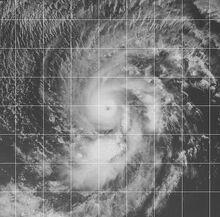 Hurricane Eugene 1999 peak