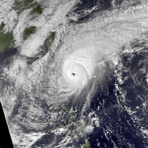File:Typhoon Joe nov 21 1986 0619Z.jpg