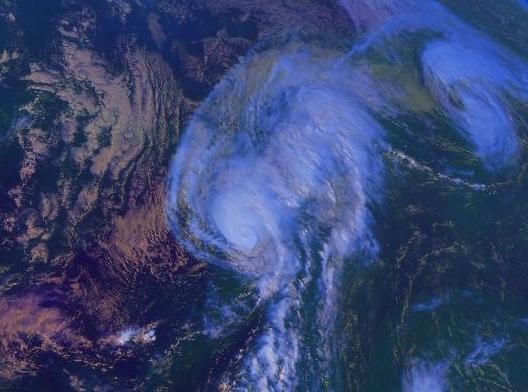 File:Hurricanekarl.JPG