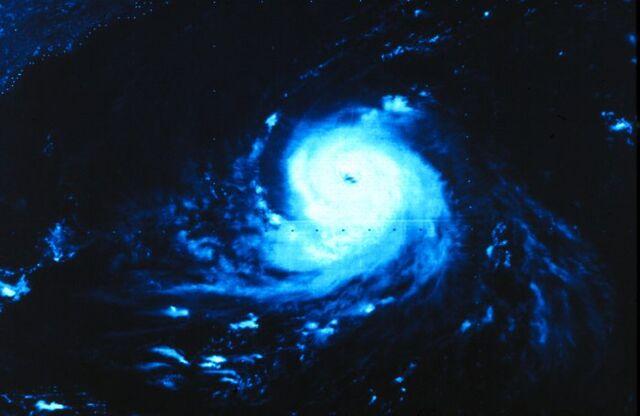 File:Hurricane Ella 1978.jpg