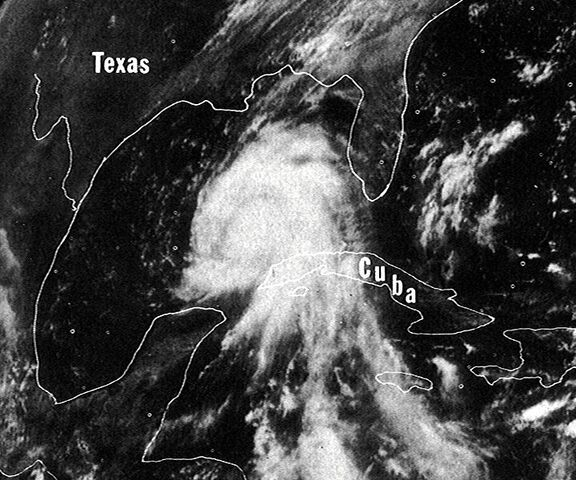 File:Hurricane Camille 16 aug 1969 1703Z.jpg