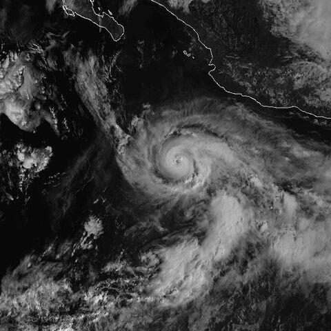 File:Hurricane Lester 21 oct 1998.jpg