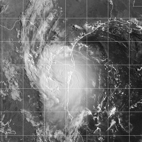 File:Hurricane Erika 16 aug 2003 1345Z.jpg