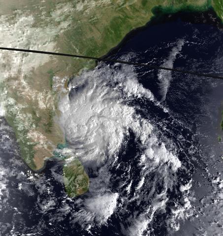 File:Cyclone BOB 03 30 Oct 1994 1403z.png