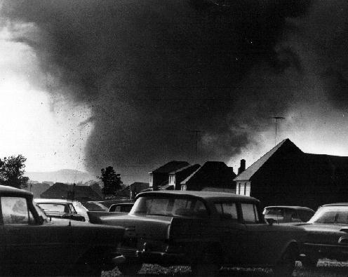 File:Topeka Tornado.jpg