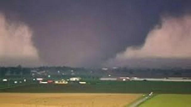 File:Tornado 11.jpg