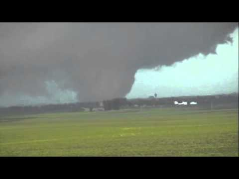 File:Tornado 22.jpg