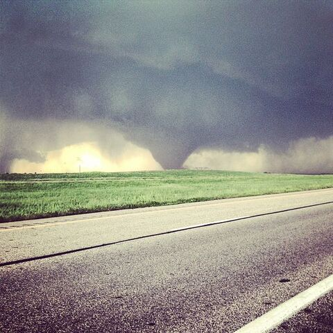 File:May 28, 2013 Bennington, Kansas tornado.jpeg