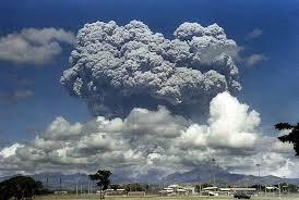 File:Mount Pinatubo - Blast Cloud.jpg