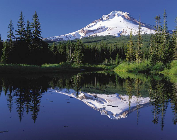 File:Mount Hood reflected in Mirror Lake, Oregon.png