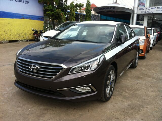 File:Hyundai sonata 2015 mau nau.JPG