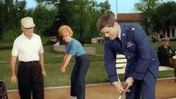 IDOJ episode 1z9 - 1280x720 Watch the Birdie - Golf pro Tony