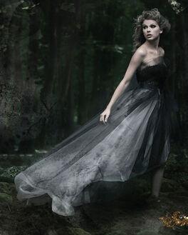 Taylor-Swift-Photoshoot-110-Speak-Now-album-2010-anichu90-18045677-1103-829