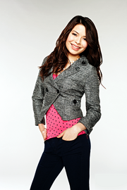 Miranda Cosgrove iCarly Season 3 (1)