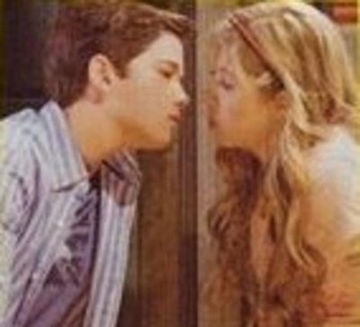 File:Jenette-nathan-kiss2.jpg
