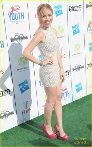 File:Jennette-mccurdy-power-youth-09.jpg