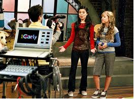 File:ICarly Live.png