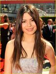 Miranda-Cosgrove-Emmys-Awards-2010-miranda-cosgrove-15009943-921-1222