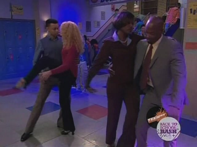 File:ICarly.S01E03.iDream.of.Dance-(015432)10-51-00-.jpg