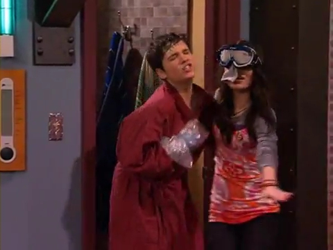 File:ICarly iSaved Your Life iSmooch.flv 000001835.jpg