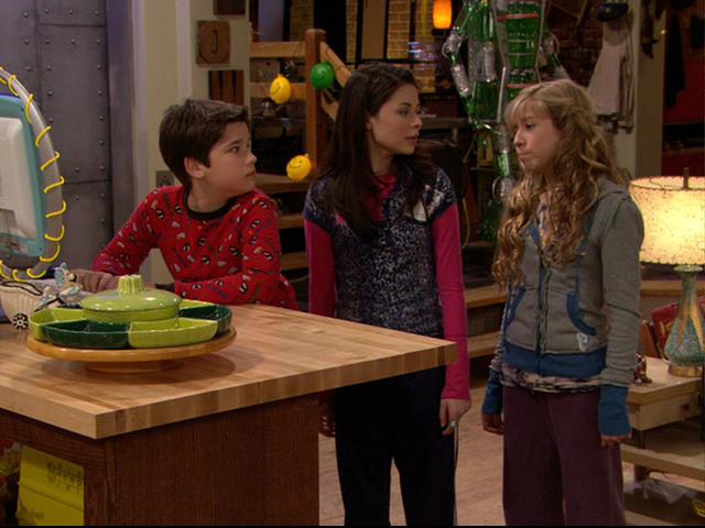 File:Icarly-00070.png