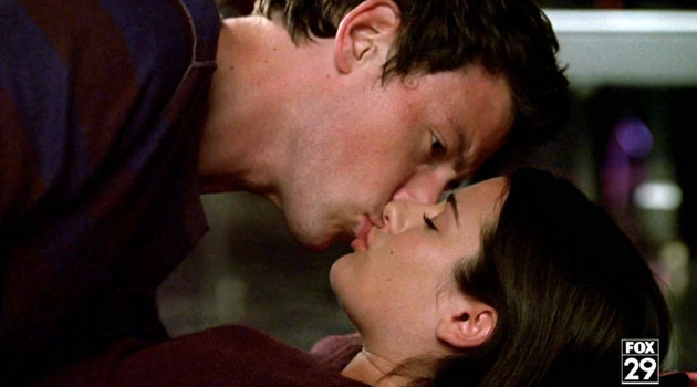 File:Finn-and-Rachel-kiss,-1 2.jpg