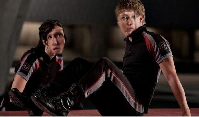 File:The Hunger Games Katniss Peeta.jpg