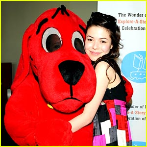 File:Miranda-cosgrove-clifford-dog.jpg