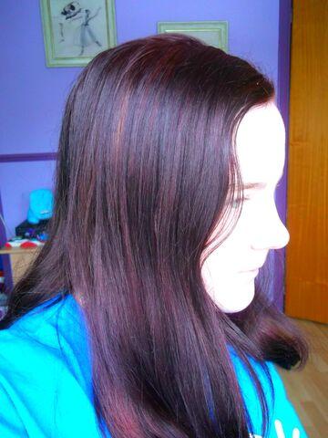 File:Purple hair.jpg