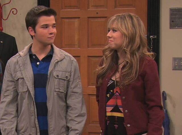 File:ICarly.S05E09.iMeet.the.First.Lady.720p.WEB-DL.AAC2.0.H264-ViPER-20-04-04-.jpg