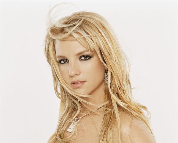 File:Britney-Spears-Wallpaper-4.jpg
