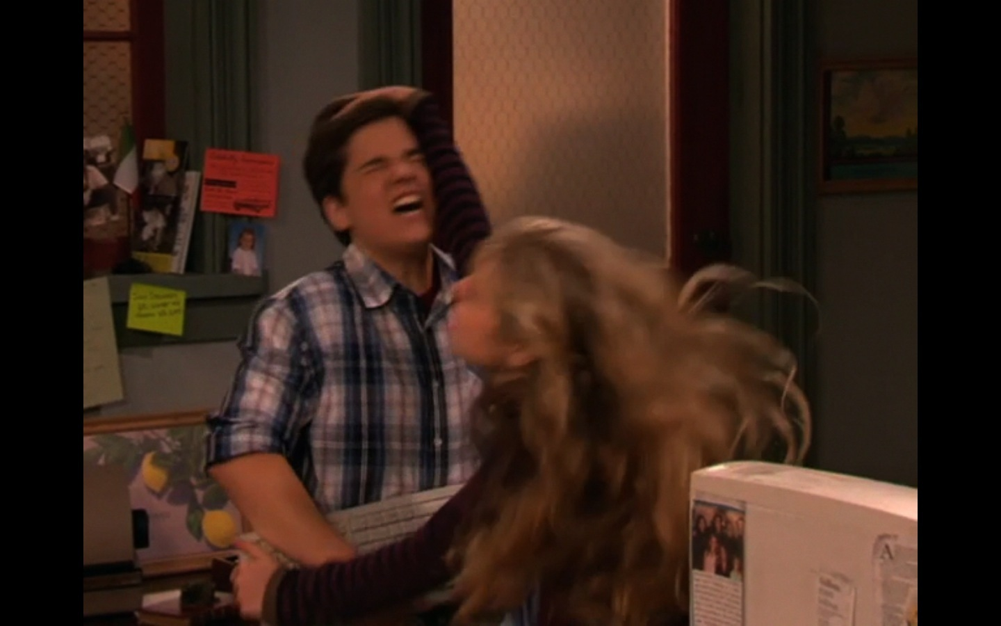 sam and freddie dating in real life Who-is-freddie-from-icarly-dating-in-real-life: who is freddie from icarly dating in real life then sam and freddie had this arc of three or four episodes.