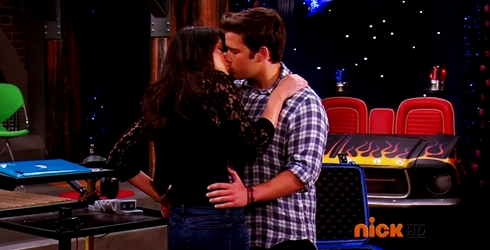 File:ICarly.S07E07.iGoodbye.480p.HDTV.x264 -Finale Episode-.mp4 002362066-042.jpg