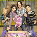 Miranda-cosgrove-icarly-cake