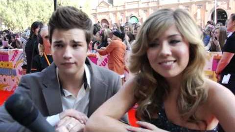 Stars of iCarly Nathan Kress & Jennette McCurdy at the 2011 Nick KCA's