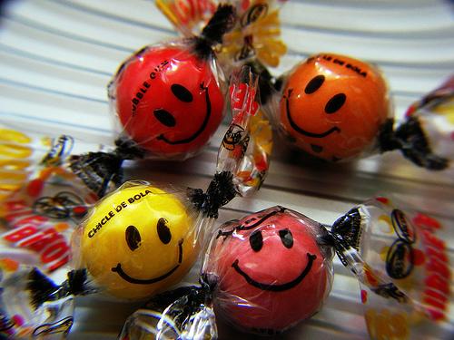 File:Sweet Smiles.jpg
