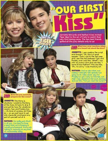 File:458px-Jennette-nathan-icarly-kisses-01.jpg
