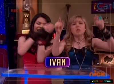 File:Normal iCarly S03E04 iCarly Awards 245.jpg
