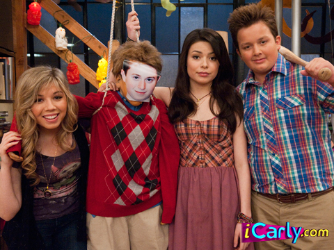 File:With the fake nevel.jpg