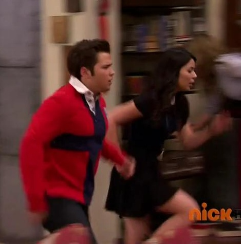 File:ICarly.06E12.iBust.A.Thief.480p.HDTV.x264.mp4 snapshot 05.49 -2012.11.12 00.09.23-.jpg