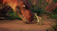 Momma proves to Sid dinosaurs eat meat, not vegetables